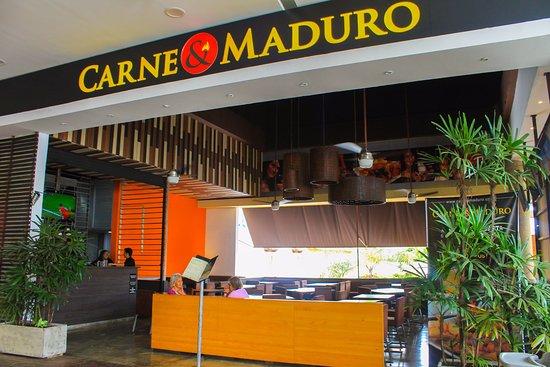 Carne y maduro restaurante cali restaurant reviews for Bodytech cali jardin plaza
