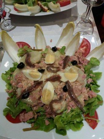Graveson, فرنسا: salade Mado