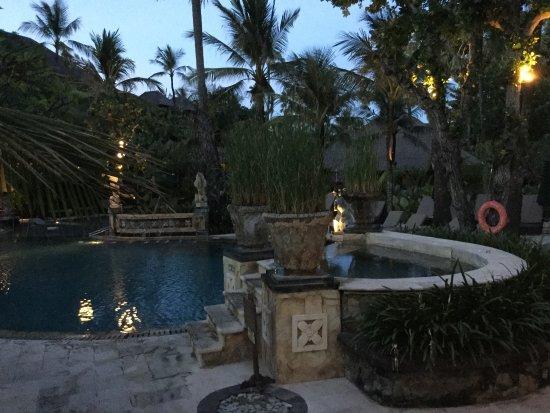 Legian Beach Hotel: photo0.jpg
