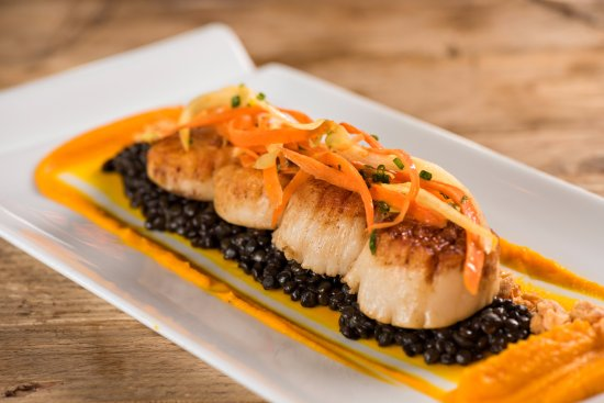 Litchfield Park, AZ: Diver Sea Scallops