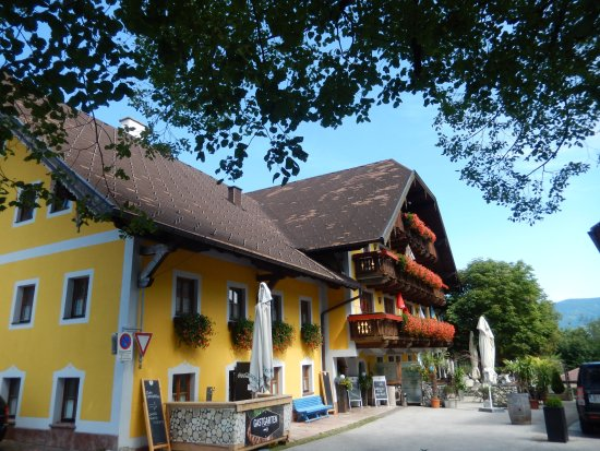 Faistenau, Austria: Hotel and restaurant
