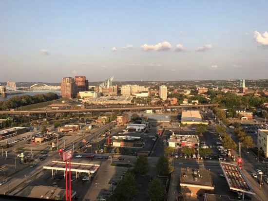 Radisson Hotel Cincinnati Riverfront: photo1.jpg