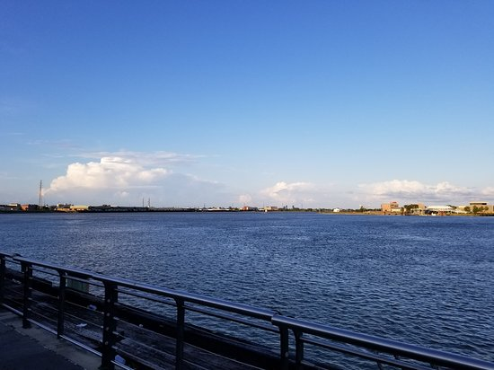Woldenberg Riverfront Park