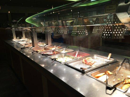 Autre buffet plats chauds picture of jardin de tang for Autre jardin quebec