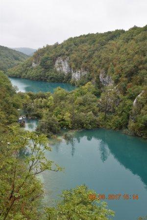 Gray Line Adriatic4you: gorgeous lakes