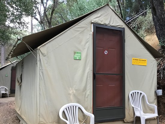 Midpines, CA: Our tent
