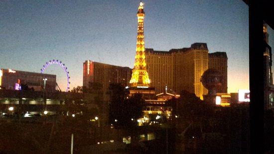 Jockey Club: Toward Paris
