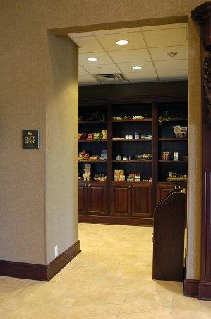 Homewood Suites Amarillo: Suite Shop®. Patio U0026 Fireplace