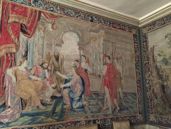 Ham House: Many of the walls are covered with tapestries as was the cutom
