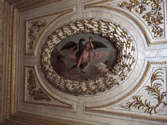 Ham House: Ceiling artwork
