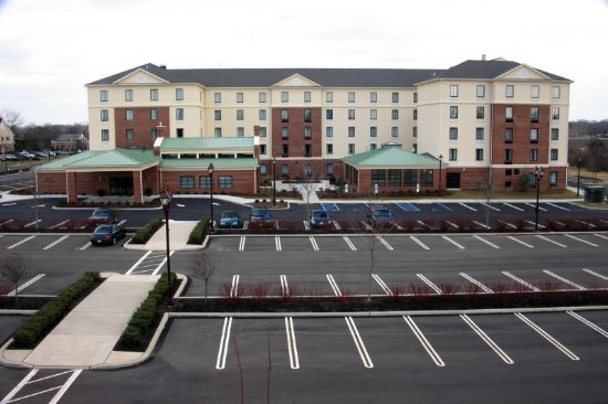 Homewood Suites by Hilton Newtown - Langhorne, PA: Exterior