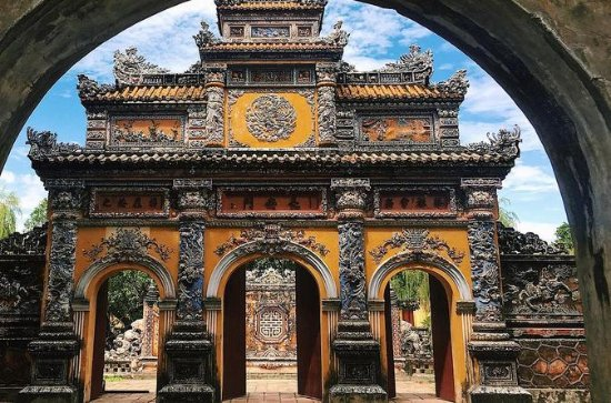 Private tour Hue Imperial Citadel 1 day