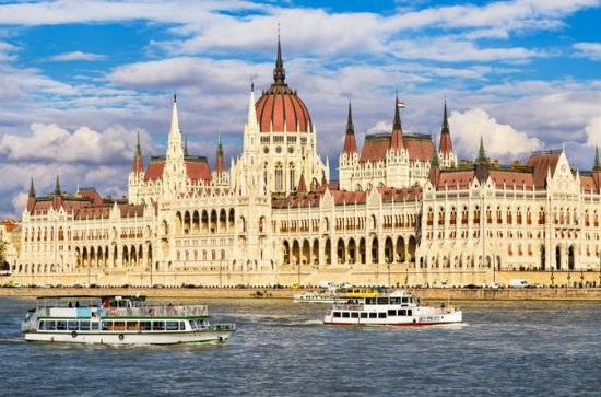 All-Day Semi-Private City Tour of Budapest With Lunch And Cruise