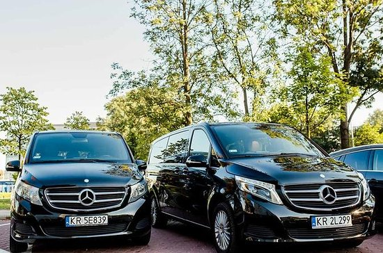 One way private Warsaw Okecie airport transfer up to 7 people