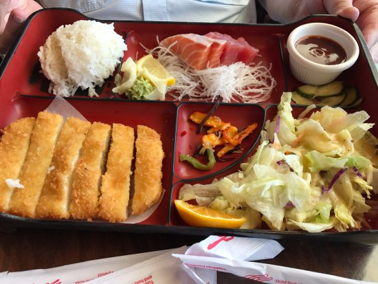 Sapporo & Sushi Restaurant: Sashimi and katsu