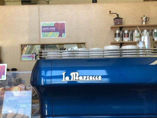 Blue Star Coffee Roasters: Machine