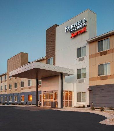 Fairfield Inn & Suites Fort Worth I-30 West Near NAS JRB: Entrance