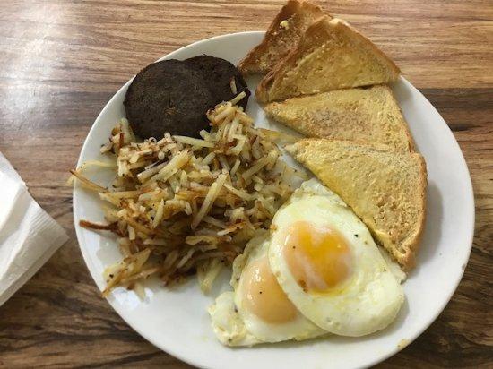 Cave City, AR: Breakfast fare