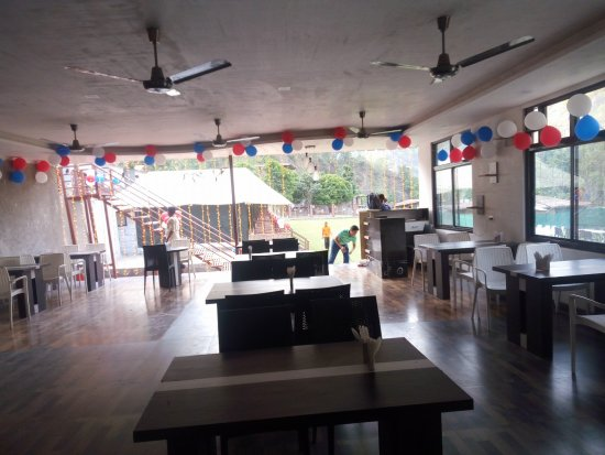 Rishikesh Tourism Area, Indie: Open Cafeteria