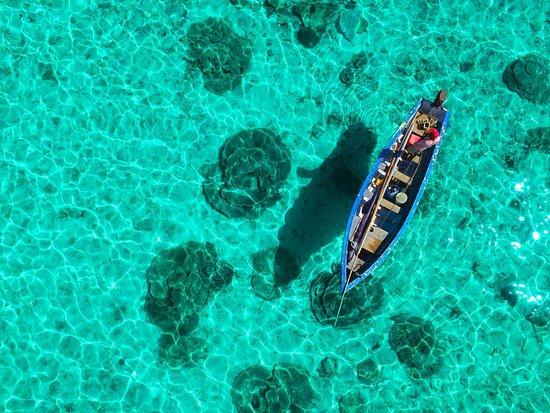 Pointe d'Esny: Activité balade sur le lagon en pirogue mauricienne-Chantauvent guest house
