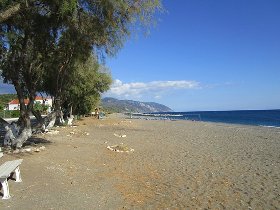 Vatera, Greece: Beach view looking East