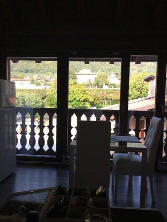 La terrazza Sulle Vigne B&B (Colombaro di Corte Franca, Provincia ...