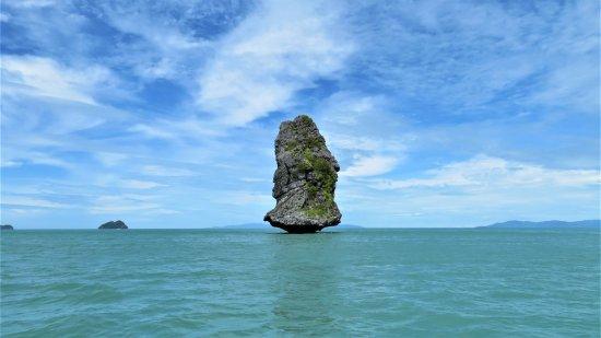 In Sea Speedboat : a flying rock