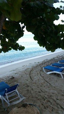 Travellers Beach Resort: IMG-20170914-WA0000_large.jpg
