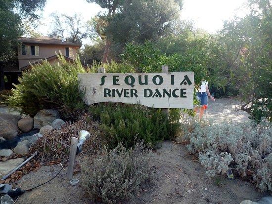 Sequoia River Dance B&B ภาพถ่าย