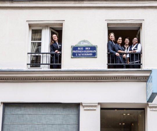 Hotel de la Place du Louvre - Esprit de France: Hotel de la Place du Louvre team