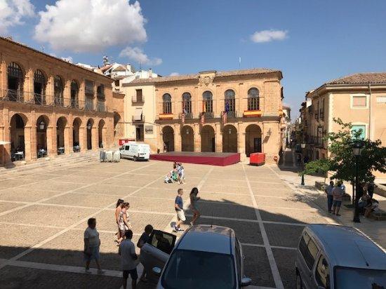 Alcaraz, Spanien: VISTAS DESDE LA MESA DE UN BAR