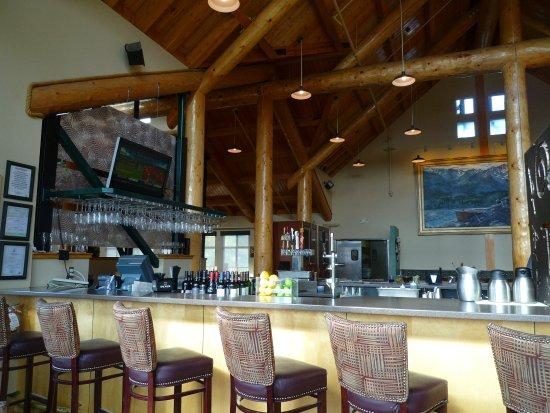 Alpenglow Restaurant- Grande Denali Lodge: Gemütliche und sehr urige Atmosphäre!