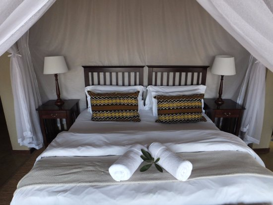 Nungubane Game Lodge: Very comfy beds