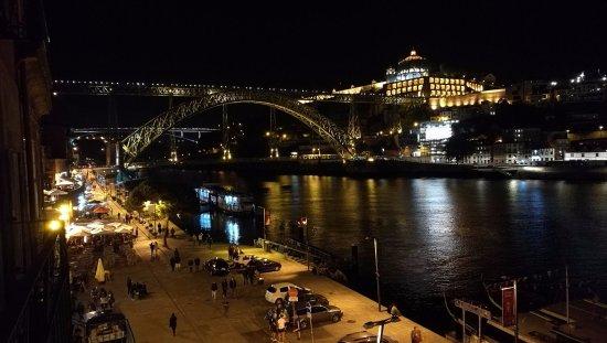 Pestana Vintage Porto : Night view from Vintage Grand View Balcony #306