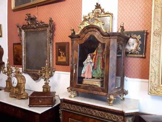 Antichità e Restauro Lepre dal 1959