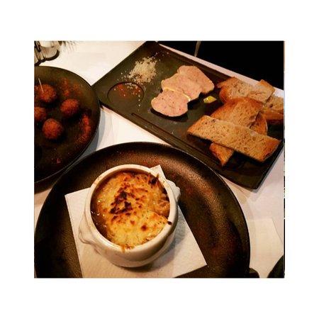 soupe l 39 oignon foie gras tapas bon app tit. Black Bedroom Furniture Sets. Home Design Ideas