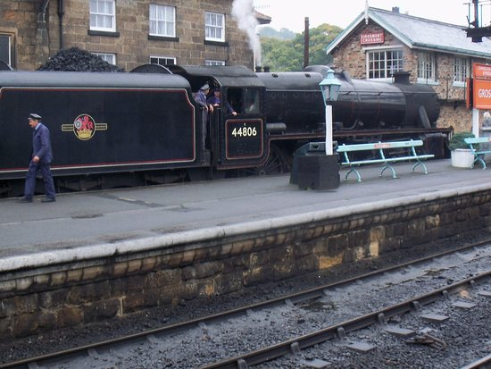 Grosmont, UK: The train about to depart from platform 1.......