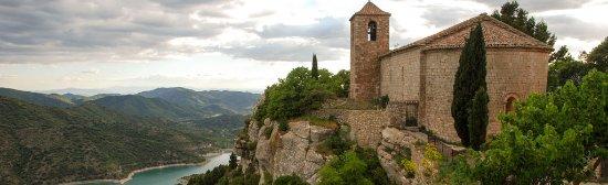 Vilanova i la Geltrú, España: Siurana, Catalonia, Spain