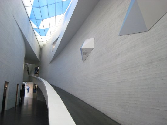 modern contemporary ヘルシンキ ヘルシンキ現代美術館 キアズマ の