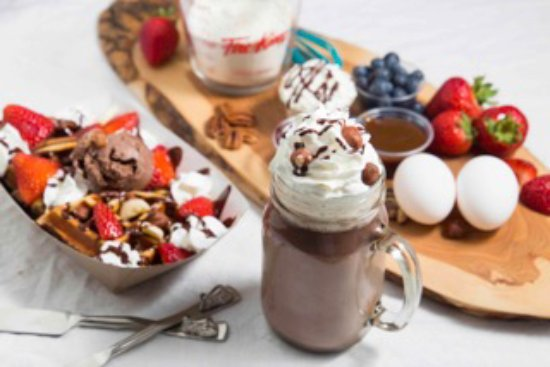 The Flavour Fox : Nutella Hot Chocolate & Nutella Waffle