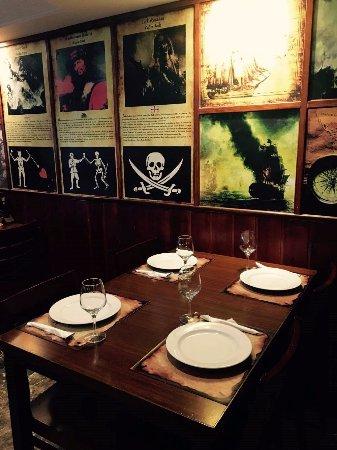O Pirata Gastropub: mesa