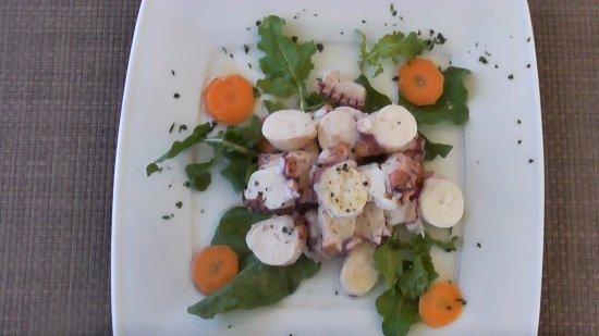 Trilogia Restaurant в Кассиопи