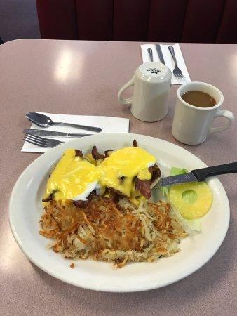 Mil 39 s diner american restaurant 36 s abbott ave in for Abbott california cuisine