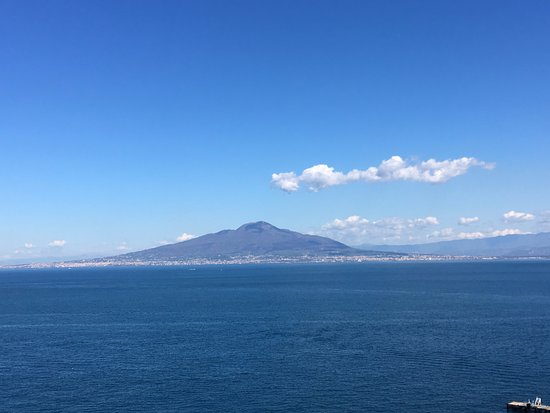 Europa Palace Grand Hotel: Vesuvius from the hotel room balcony