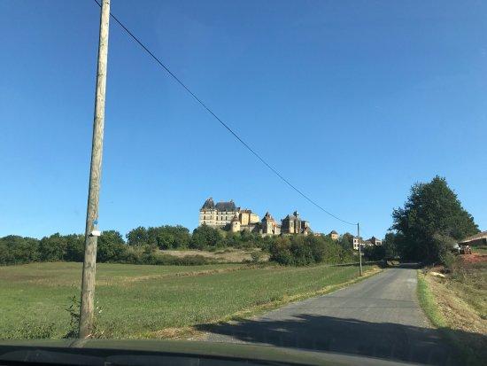 Biron, France: photo0.jpg