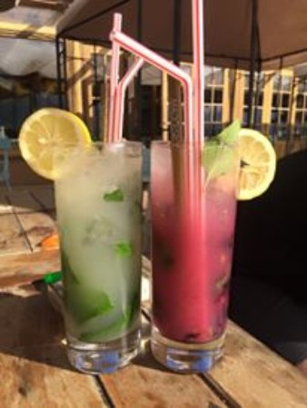 Bakulic: This are two types of mojito that they offer. (Mojito Cubano, Raspberry Mojito)