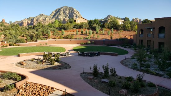 Sedona Rouge Hotel and Spa: Most rooms have a gorgeous view of the Red Rocks
