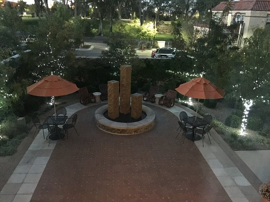 Hotel Parq Central: courtyard