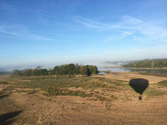 Gennes-Val-de-Loire, Fransa: La Loire vue depuis la montgolfière
