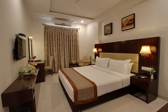 Interior - Picture of Hotel Sai Jashan, Shirdi - Tripadvisor